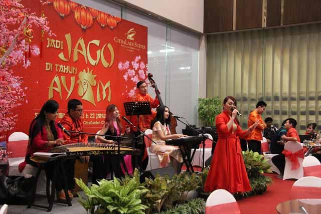 """Marketing Gallery Ramaikan Imlek dalam Tema """"Jadi Jago di Tahun Ayam"""""""